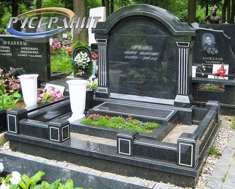 Каширский двор надгробие памятники Ваза. Токовский гранит Пушкинская