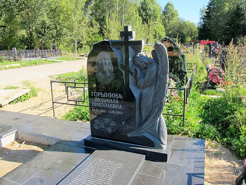 Памятники надгробные гранит Академическая самый дешевый памятник на двоих