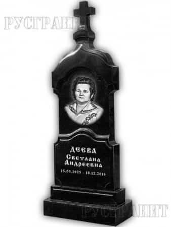 Крест на гранитном памятнике