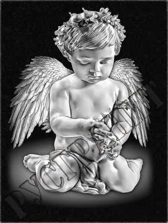 Играющий ангел на памятнике